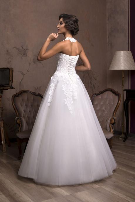 Značkové svadobné šaty zdobené čipkou na predaj Ša, 36
