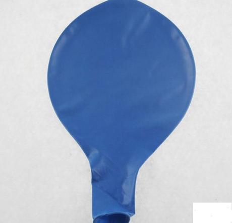 Modrý maxi balón,