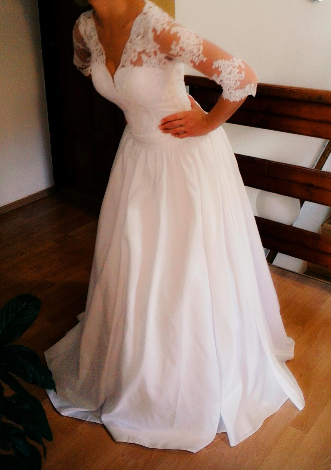 Ručne šité biele svadobné šaty s čipkou ef242bfca48