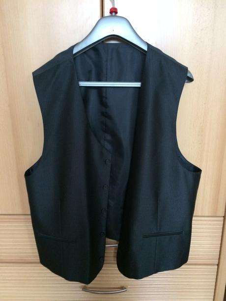 Oblek, 56