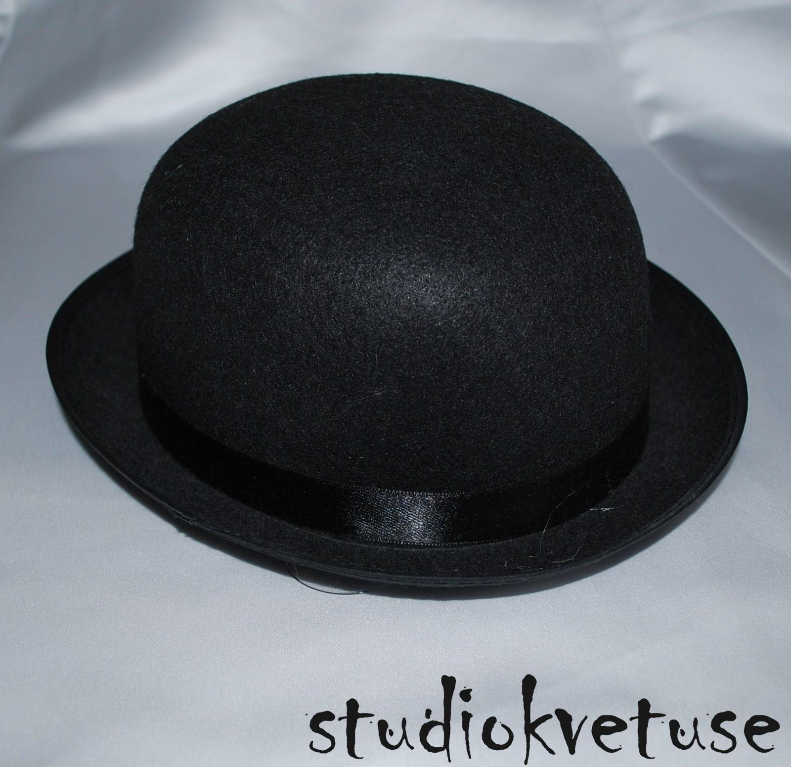 Buřinka - černá filcová 0d7350e75a