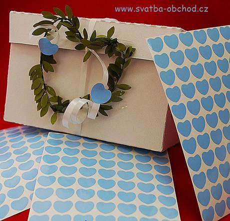 77 světle modrých srdíček (č. 18),