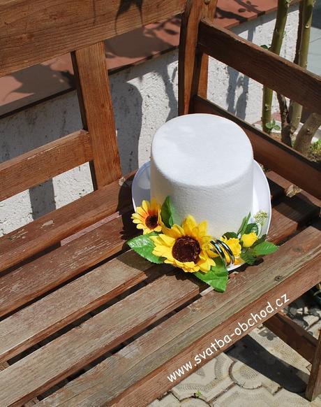 Bílý cylindr se slunečnicí (č.07),