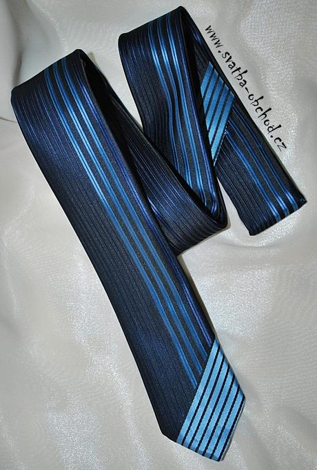 Černo-modrá kravata (č.172),