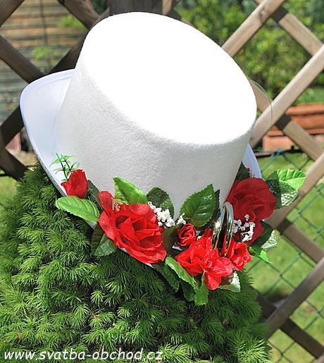 Červené růže + prstýnky na cylindru (č.03),