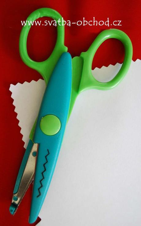 Dekorativní nůžky (č. 04),