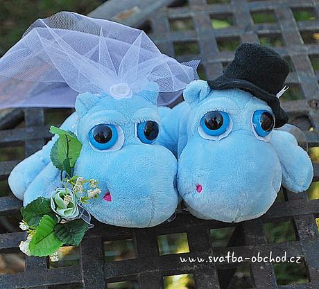 Hroší novomanželé (č. 02),