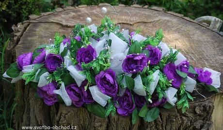 Kytice fialovo-bílá (č.20),