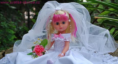 Panenka v bílo-růžovém (č.06) - skladem,