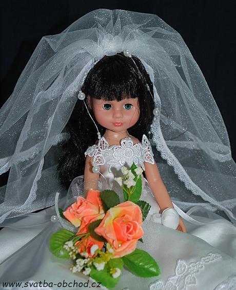 Panenka v bílých šatičkách (č.15) - skladem,