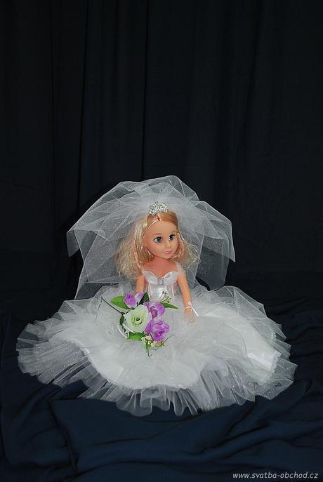Panenka v bílých šatičkách (č.24) - skladem,