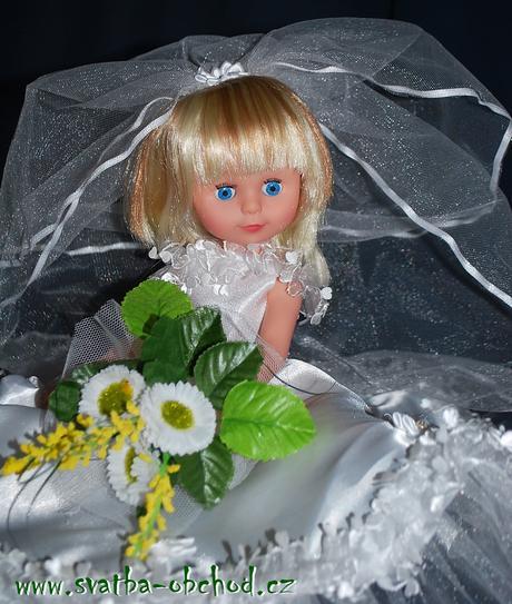 Panenka ve svatebním - skladem (č.05),