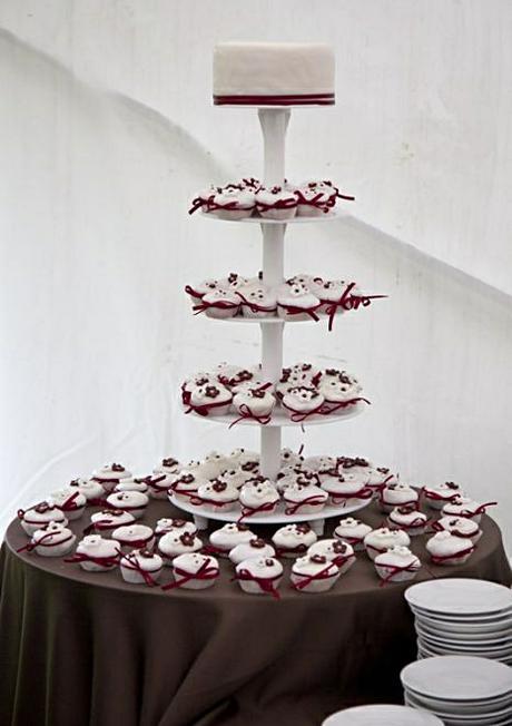 Podnos - stojan na dort - pět pater,