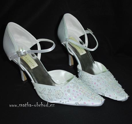 Saténové botičky s výšivkou (č.21), 40