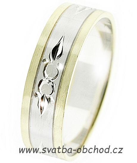Snubní prsten B42 - zlato žluté-bílé-žluté,