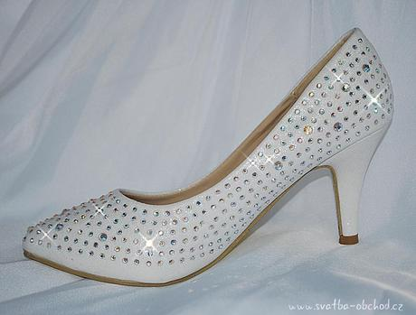 Svatební botičky se štrasy (č.35), 37