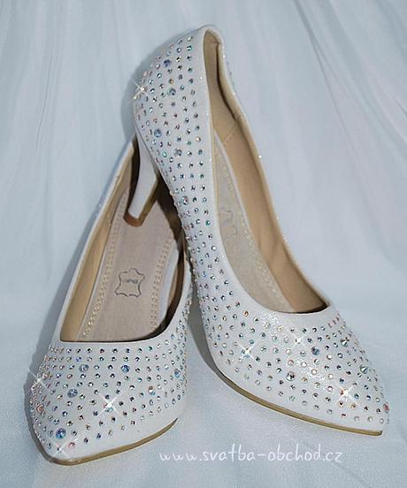 Svatební botičky se štrasy (č.35), 40