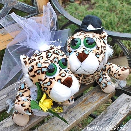 Svatební gepardíci na auto 02,