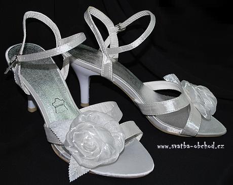 Svatební - saténové sandálky (č.01), 38