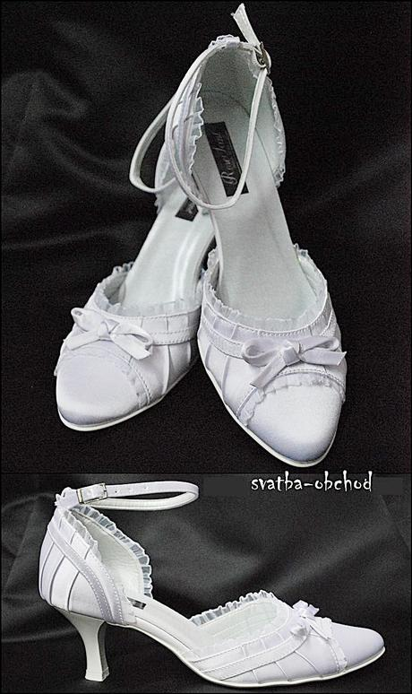 Zářivě bílé saténové botičky (č.13), 39
