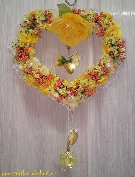 Žluto-oranžový závěs na dveře - srdce,