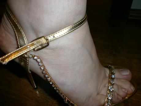 sandalky s retiazkou, 39