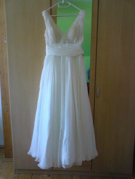 Svatební šaty antického střihu, 38