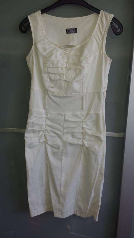 Bílé společenské šaty s páskem, 36
