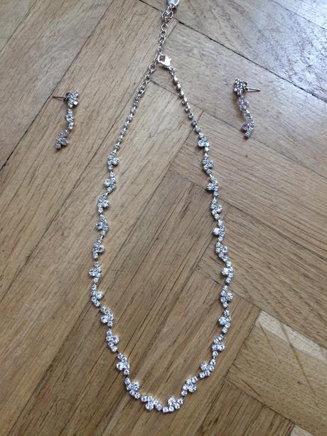 Set náhrdelník a náušnice,