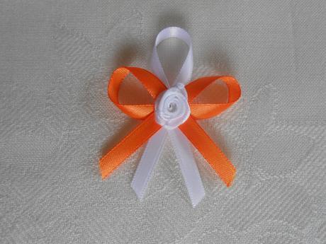 Oranžovo-bílé vývazky 25 ks,