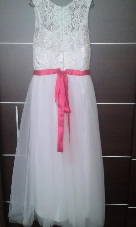 Biele šaty s cyklamenovou stuhou, 44