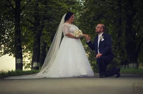 svatební šaty TINA s vlečkou, 46