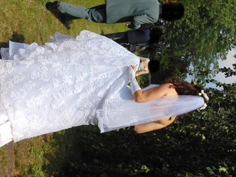 Krajkové svatební šaty Enzoani, 40