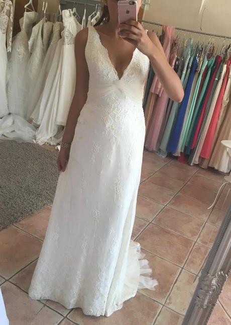 Svatební šaty Augusta Jones - Lois, 38
