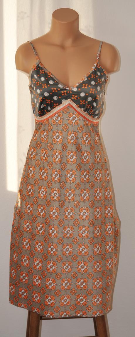 Dámske šaty, XS
