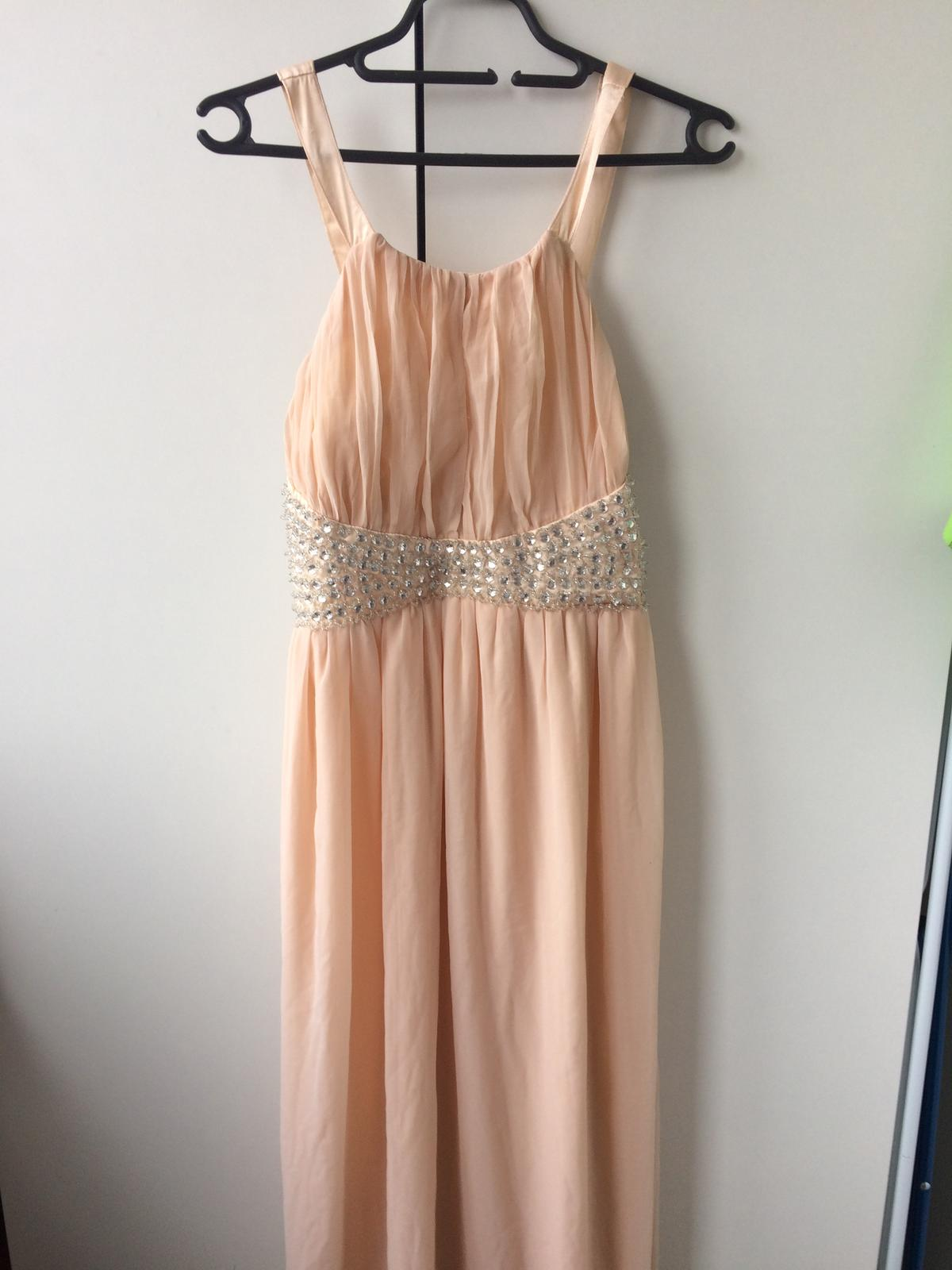 a4dec9456919 Dlouhé společenské šaty růžové