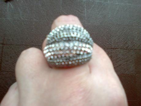 Štrasový prsteň-cena vrátane poštovného poplatku,