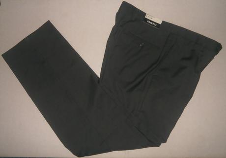 Nenosene kvalitne nohavice, Značka NEXT pleated, 32
