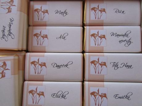 Čokoládové svatební jmenovky- Lososovo-smetanové 2,