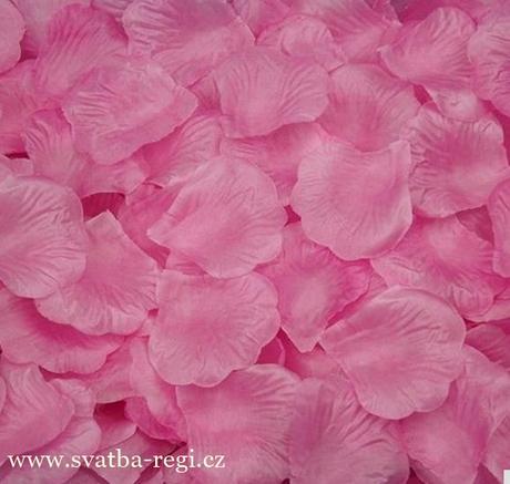 Plátky květů světle růžové-250ks,