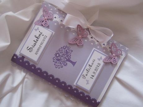 svatební kniha hostů- butterfly lila s perličkami,