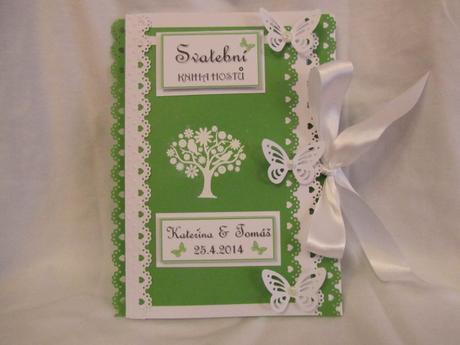 svatební kniha hostů zeleno-bílá,