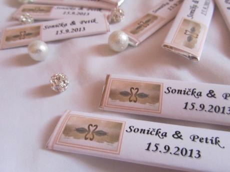 Svatební žvýkačky na přání lososové- Labutě,