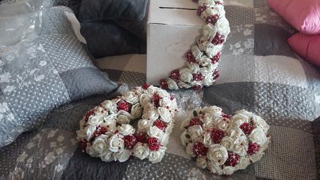 Bielo-bordová dekorácia,