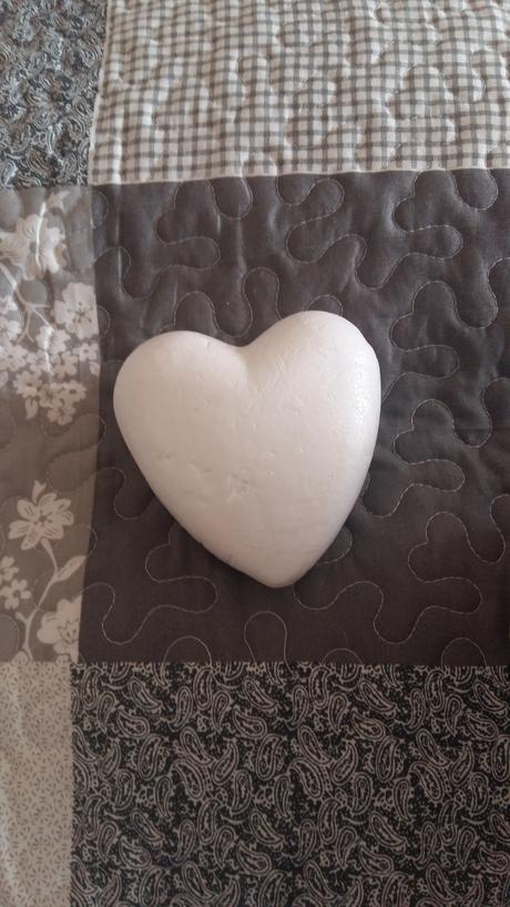 Polystyrénové srdcia ,