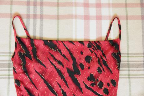 Červené šaty 36, S