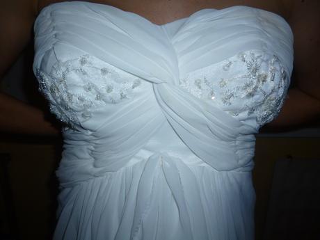 svadobné šaty s vlečkou  aj spoštou, 34