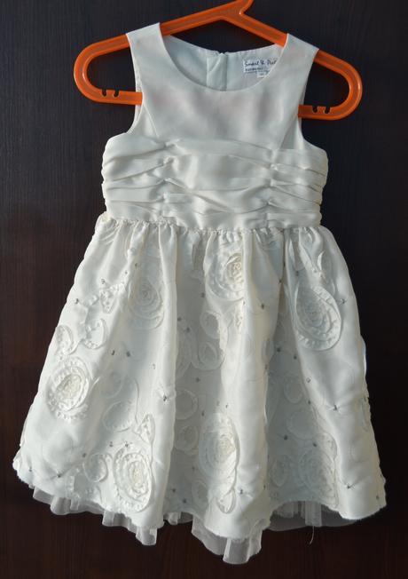 šaty pro malou nevěstu, 92