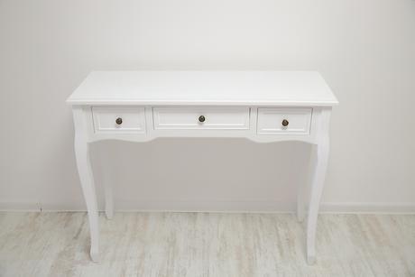 konzolový stôl,