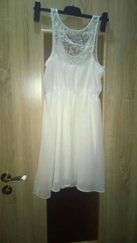 Biele šaty, 38